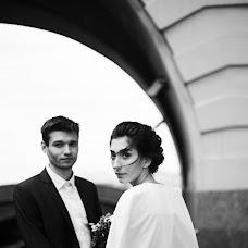 Wedding photographer Yana Bulgakova (yankefamssen). Photo of 31.05.2017
