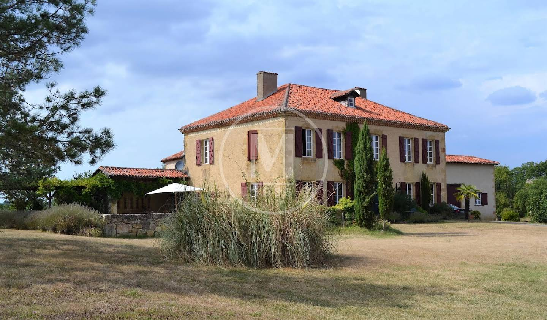 Maison avec terrasse Mirande