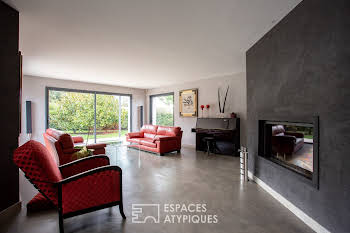 Maison 10 pièces 279 m2