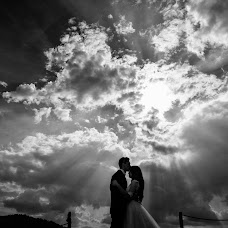 Wedding photographer Breniuc Radu (Raduu). Photo of 14.09.2018