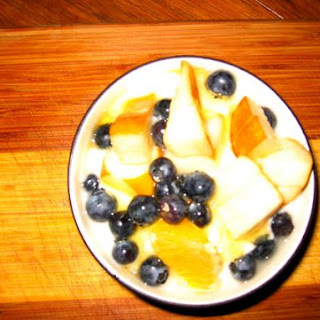 Easy Fruit & Yogurt Breakfast