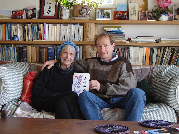 Sean Davison and his mother Pat at her home in Broad Bay' Dunedin' shortly before her death in 2006.