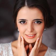 Wedding photographer Aleksandr Vakarchuk (quizzical). Photo of 14.11.2014