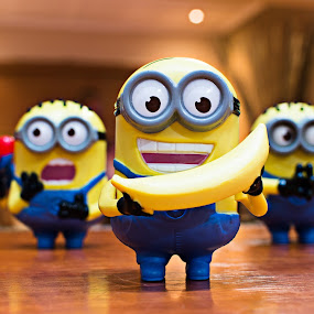 Minions by Marc Crowther - Artistic Objects Toys