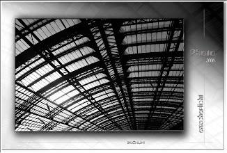 Foto: 2007 08 15 - R 06 09 10 068 - P 016 - langes Dach