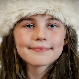 Charlotte aged 9 by Love Time - Babies & Children Child Portraits