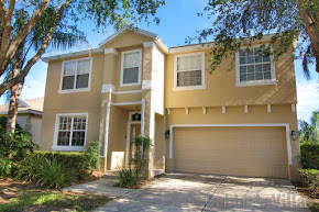 Orlando holiday villa to rent, gated West Haven community, close to Disney, pool and spa, games room