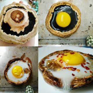 Egg Baked in Portobello Mushroom.