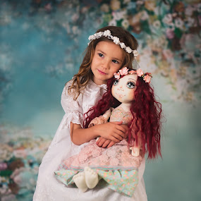 Faires by Lazarina Karaivanova - Babies & Children Child Portraits ( girl )