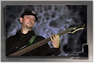 Foto: 2011 08 14 - P 131 D - on the bass