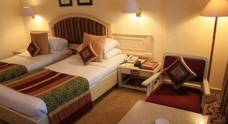 Hotel Bawa International