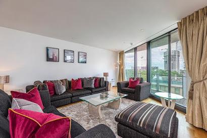 Paddington Basin Apartment