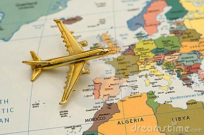 plane-traveling-to-europe-10581797.jpg