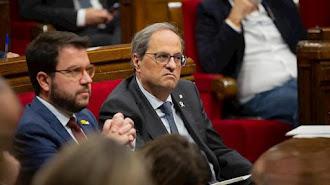 El presidente de la Generalitat, Quim Torra, y el vicepresidente, Pere Aragonès, en el pleno del Parlament del 13 de novimebre de 2019.