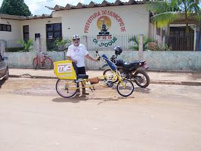 Photo: Foto feita em frente da prefeitura de Oiapoque. A aventura está apenas começando.