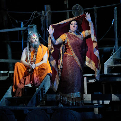 A string of Pearls from Bizet and LA Opera