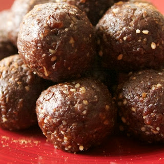 Raw Gluten-Free Vegan Rum Balls Recipe