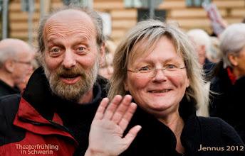 Photo: Singen für den Erhalt von Arbeitsplätzen am Theater in Schwerin