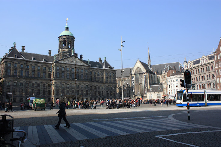 Dam Square as it looks today.
