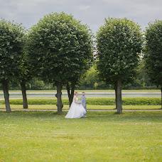 Wedding photographer Aleksandr Azarov (PHOTOPARA). Photo of 01.10.2016