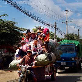 skuter=transport by Łukasz Sowiński - Transportation Other ( cambodia, chorwacja )