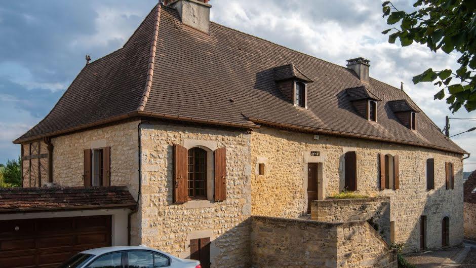 Vente maison 10 pièces 200 m² à Gourdon (46300), 325 500 €