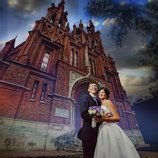 Свадебный фотограф Антон Бронзов (Bronzov). Фотография от 06.04.2017
