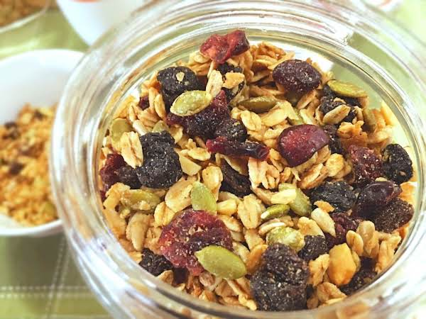 Nutritious & Delicious, This Is Great To Start Your Day! Enjoy It As A Cereal, Sprinkle It Over Yogurt Or Ice Cream.