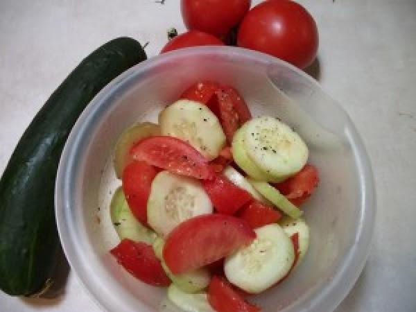 Simple Cucumber Tomato Salad Recipe