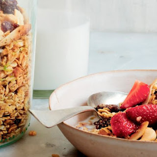 Coconut Lime Granola With Cashews