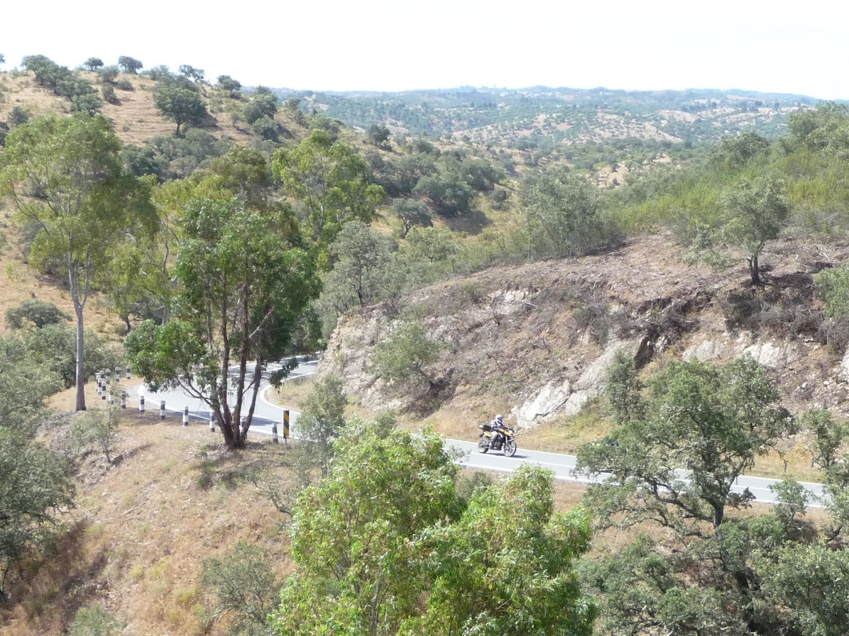 As melhores estradas para conduzir... em Portugal! - Página 2 SLPw46Vn7oel8lwtxbMtHLcVflHgSVxsfwSi0z5Qbf1D0tANaPHQC5vcTcKYgMkJFTM7lBff_IQIQ3nHibLwpngQTMO8AErMoSczr99pAD3E5TRrnUnN06HyyF5rNnJogyhhCIoiPcN2JQ0vswZzxWlv1WtpRKYcDh0q7DT66-D6EfgiG75p20o-DSw2H4lInB4xGmwx0pw-MQzHz4NowfPUSQRim7R4q98ahToOYOw02q9Ml9ZmyVLNsu3Ti1aOwGLtS9aAUiotj7o2g8TP1fuedpSk5rBP6vjeJvtZkSCBkQZSXe5YbcFs-qHowm48h80mJ29CSBeHxRQfCKNH61x_C_40dRH0E8OtstmwA2kkn4GGx3w0eE2pj94whmzhSVPZBCkKvMx9RHhAz87ieZOIfZMGc99A0OghvxLP2FnUOBY-MUqG6Ob_rkw2xVwtvARp52dSNObrXV3k_y4cEc-CnMImNPd8RrWkN0_EeRUpFoMg1vq2HR1SLepF05X2r91Ac1iLggYEPfNtUUg2NuBnBrv_0YSGxys0Q7iyNZ-DzaouYnj9huV5zsmOO6ToGZ9vK6jH3hk95EP-2u8nx8Qd0yK84hoUQ0hWlfSUCkC6y8fHlunbPpaPEwr1enzIi0u7Z5rP1WKF8R2JwHA6XVP_iJkDfiGBL0dw-_YjIA=w1197-h897-no