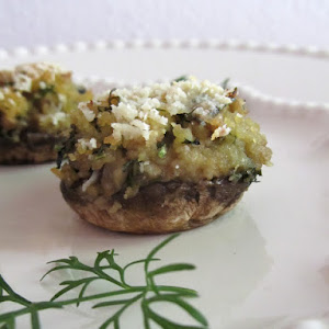 Mushrooms Stuffed with Corn Bread and Coriander