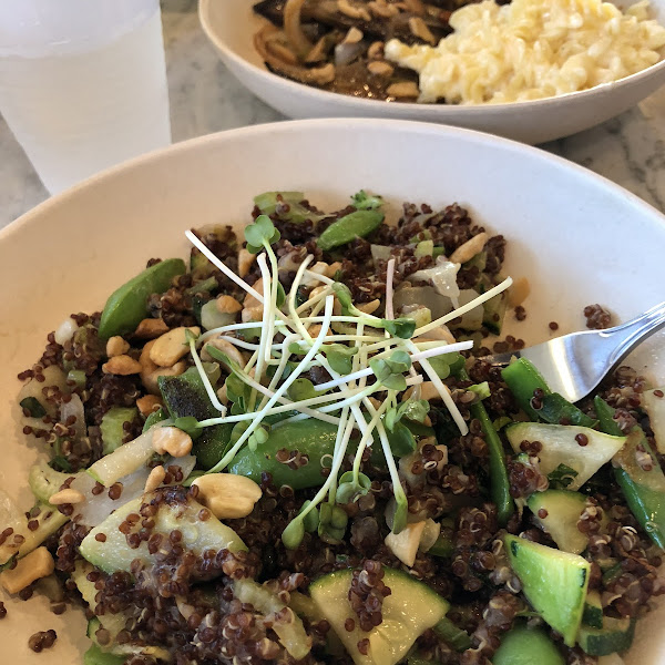 Thai Cashew Quinoa Bowl