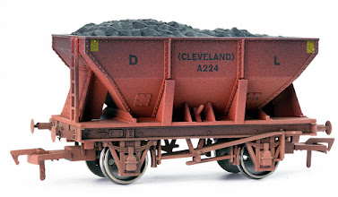 Photo: 4F-033-008 24T Ore Hopper