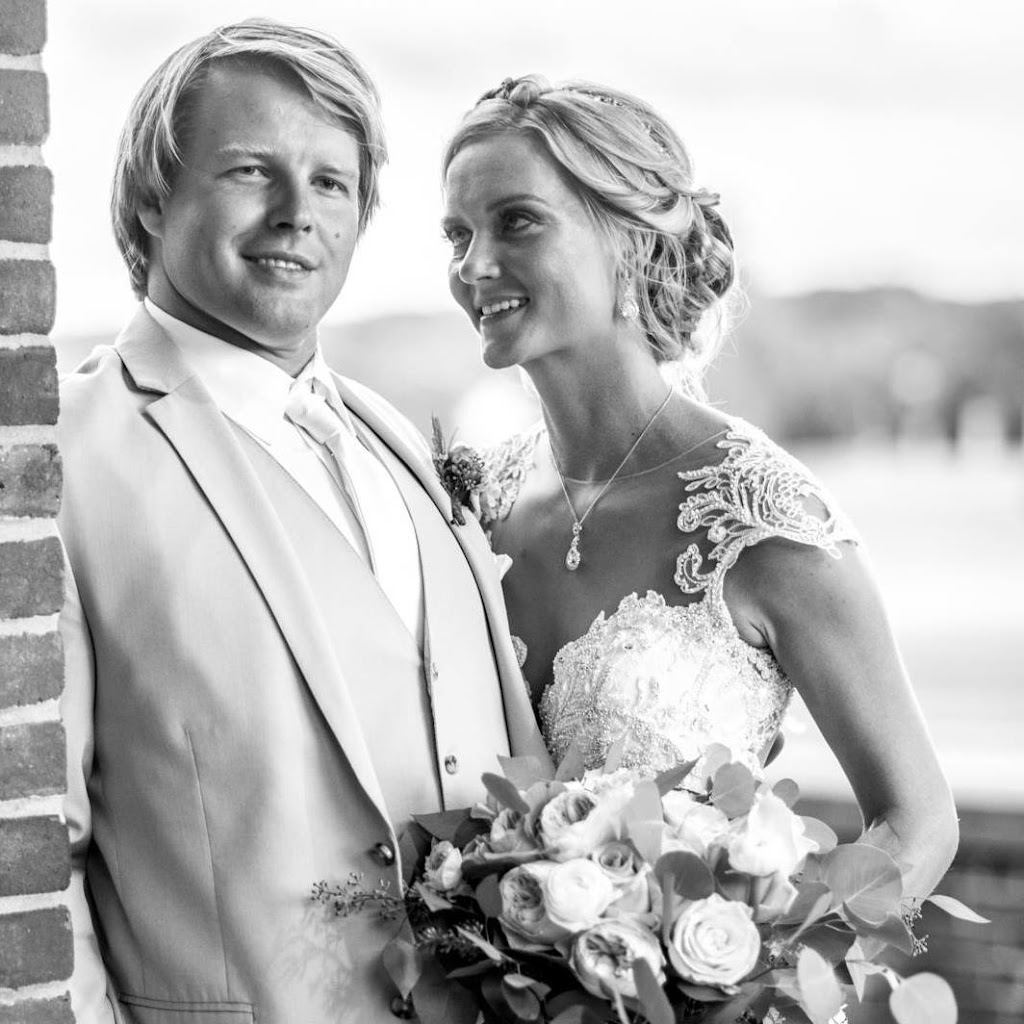 Carla Wedding photo
