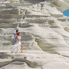Wedding photographer Andrei Stefan (inlowlight). Photo of 15.05.2018