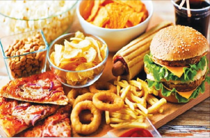 Đồ ăn nhanh rất có hại cho người bị bệnh trào ngược dạ dày