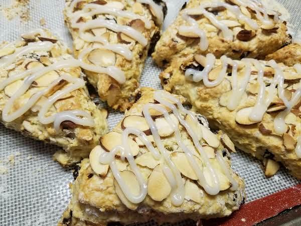 Cherry Almond Scones Recipe