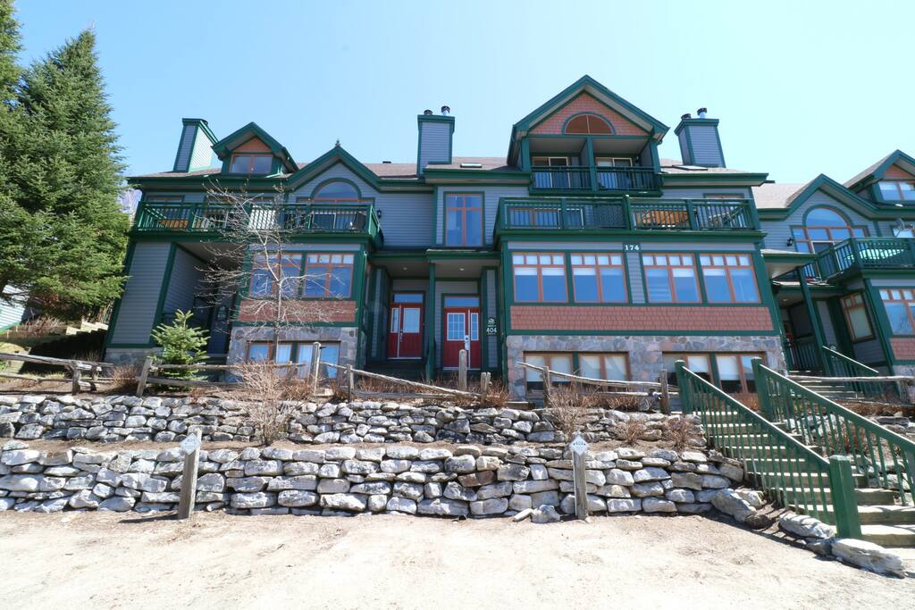 Chalets à louer avec 6 chambres au Québec #3