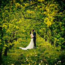 Wedding photographer Wojtek Hnat (wojtekhnat). Photo of 13.04.2018