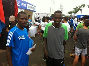 Photo: A la izquierda Alex Melly, tercer clasificado en el 10K.
