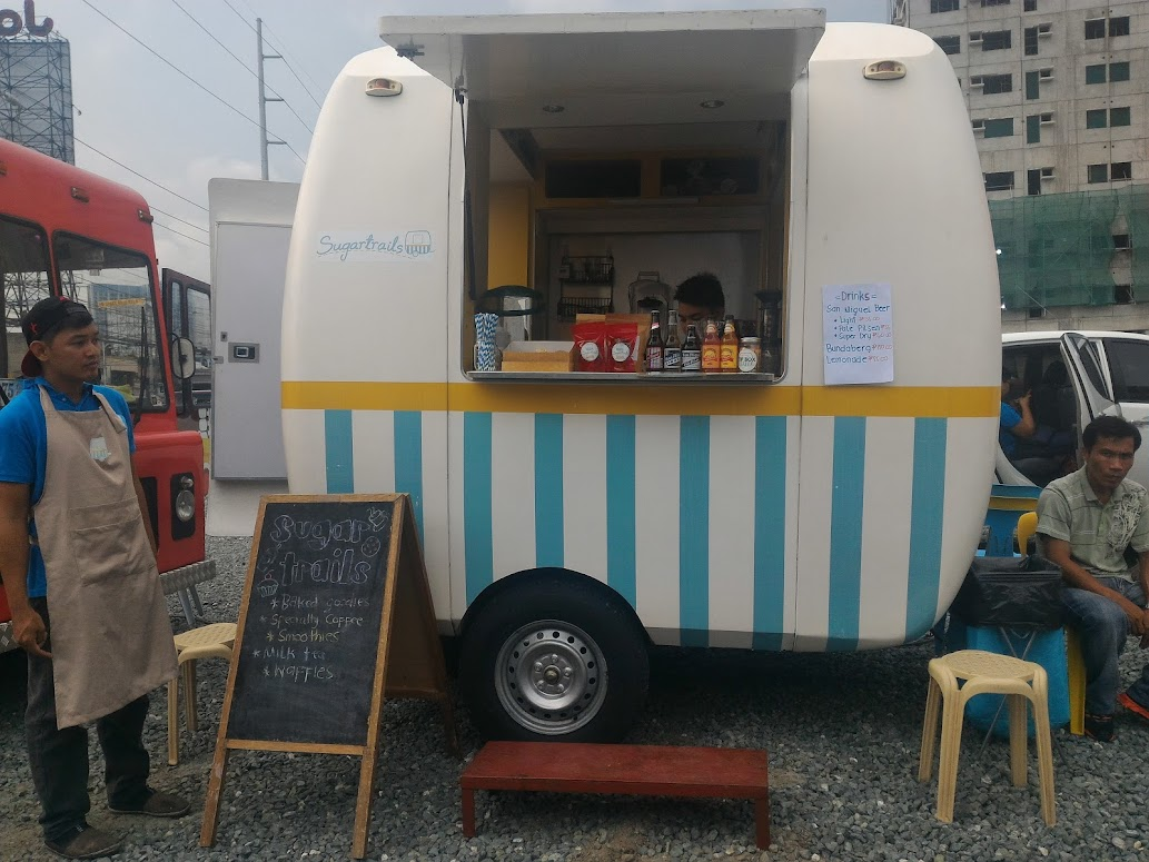 ONE OF THE PARTICIPATING FOOD TRUCKS AT THE PARK 'N DINE EVENT.