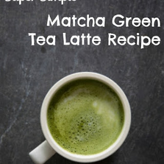 Super Simple Matcha Green Tea Latte