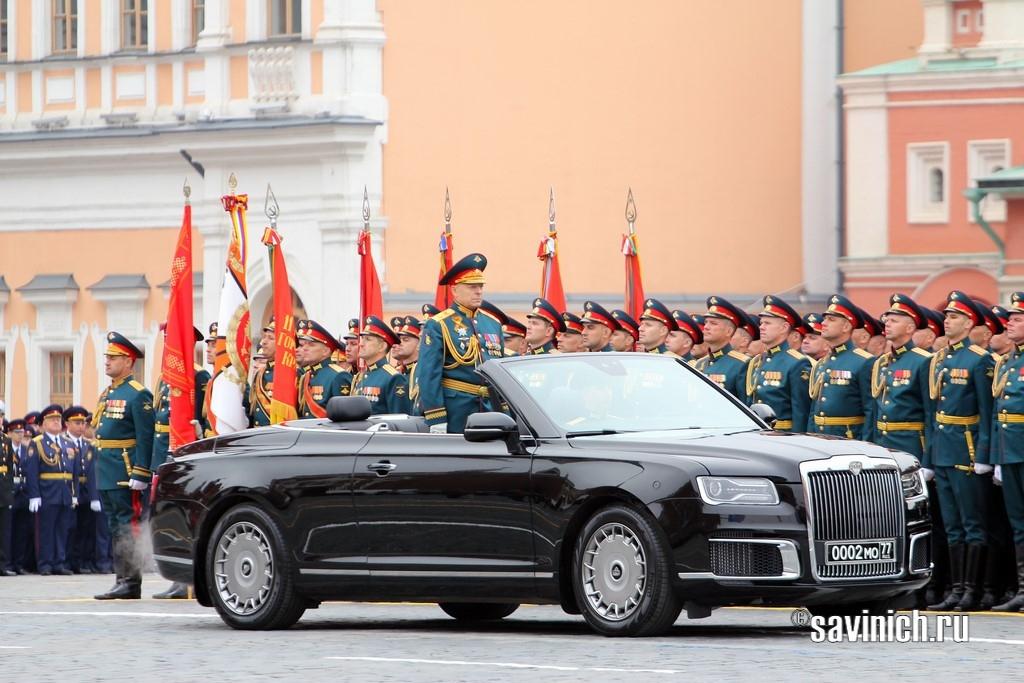 Командующий военным парадом, главнокомандующий сухопутными войсками генерал армии Олег Салюков, Aurus, парад Победы 2019,