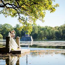 Wedding photographer Viktoriya Smelkova (FotoFairy). Photo of 06.09.2018