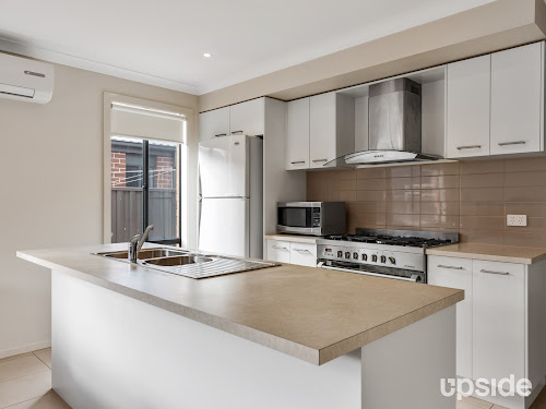 Photo of property at 95 Nelson Street, Cranbourne East 3977