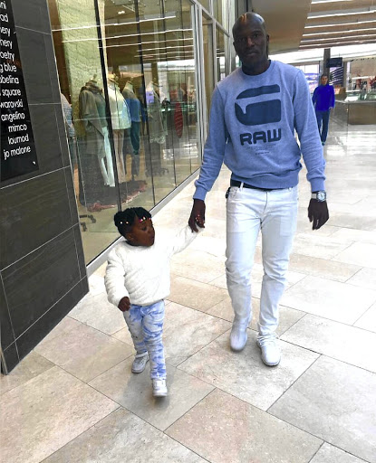 Musa Bilankulu with his five-year-old daughter Rhandzu
