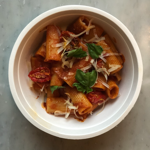 Rigatoni with Red Sauce