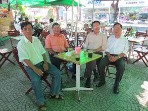 Ảnh: Chào mùng thầy Phạm Anh Tuấn về VN ăn Tết