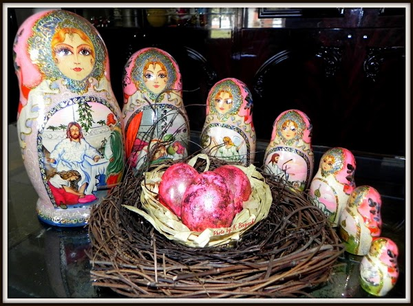 This is my favorite set of Russian Matryoshka Dolls that I purchased on one...